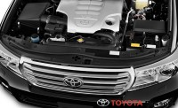 2013 toyota land cruiser engine